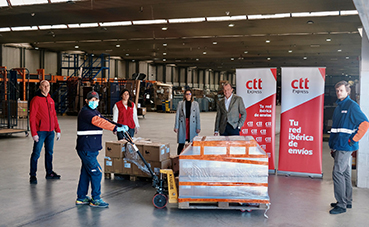CTT Express colabora con Save the Children en la distribución tablets