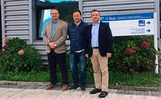 Dbus recibe la visita de la delegación asturiana Tua y de Emtusa