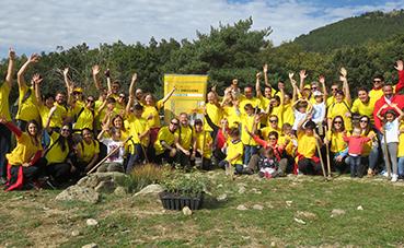 DHL planta 350 árboles en Madrid para mejorar su huella verde