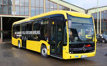 Mercedes entrega el primer eCitaro a BVG en Berlín