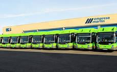 Empresa Martín presenta diez buses propulsados GNC