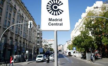 El transporte de mercancías vuelve a negociar por Madrid Central