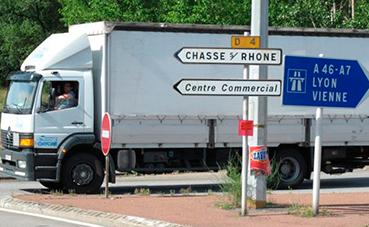 Incertidumbre ante la norma francesa para desplazados