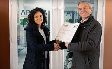 Palletways Iberia colabora con la Asociación Aphisa con una donación