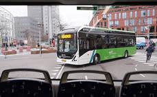 Comienza el servicio regular de eléctricos Volvo en Leiden
