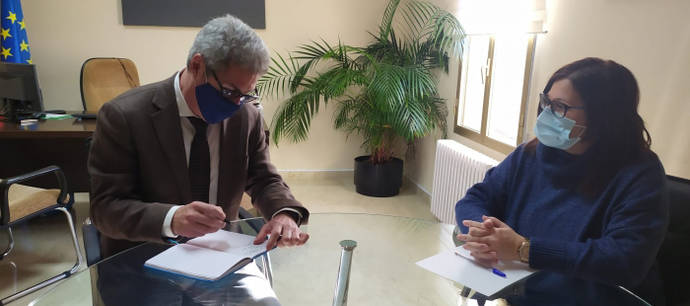 Reunión en Tardienta sobre la mejora de transportes en la región