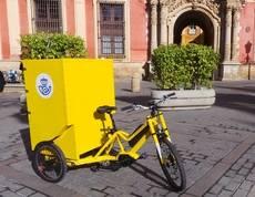Triciclo eléctrico de Correos.