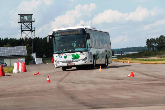 VDL, Iveco y Setra ganan el bus sostenible 2018