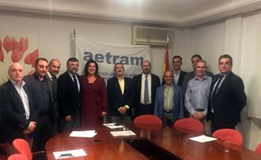 Aetram se reúne con Pedro Rollán para tratar las claves del autocar