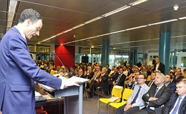 Confebus aplaude el anuncio de un nuevo intercambiador en Conde de Casal