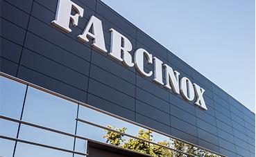 Farcinox instala desfibriladores en dos de sus instalaciones