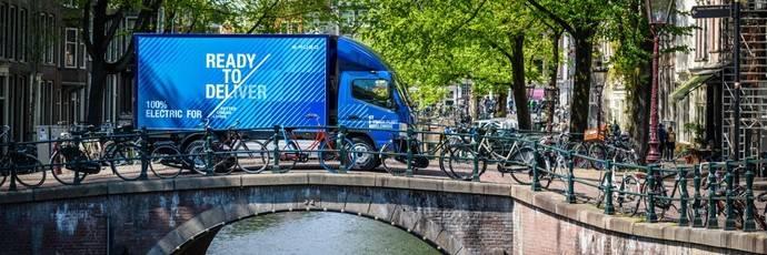 El Fuso eCanter es entregado a sus primeros clientes radicados en los Países Bajos