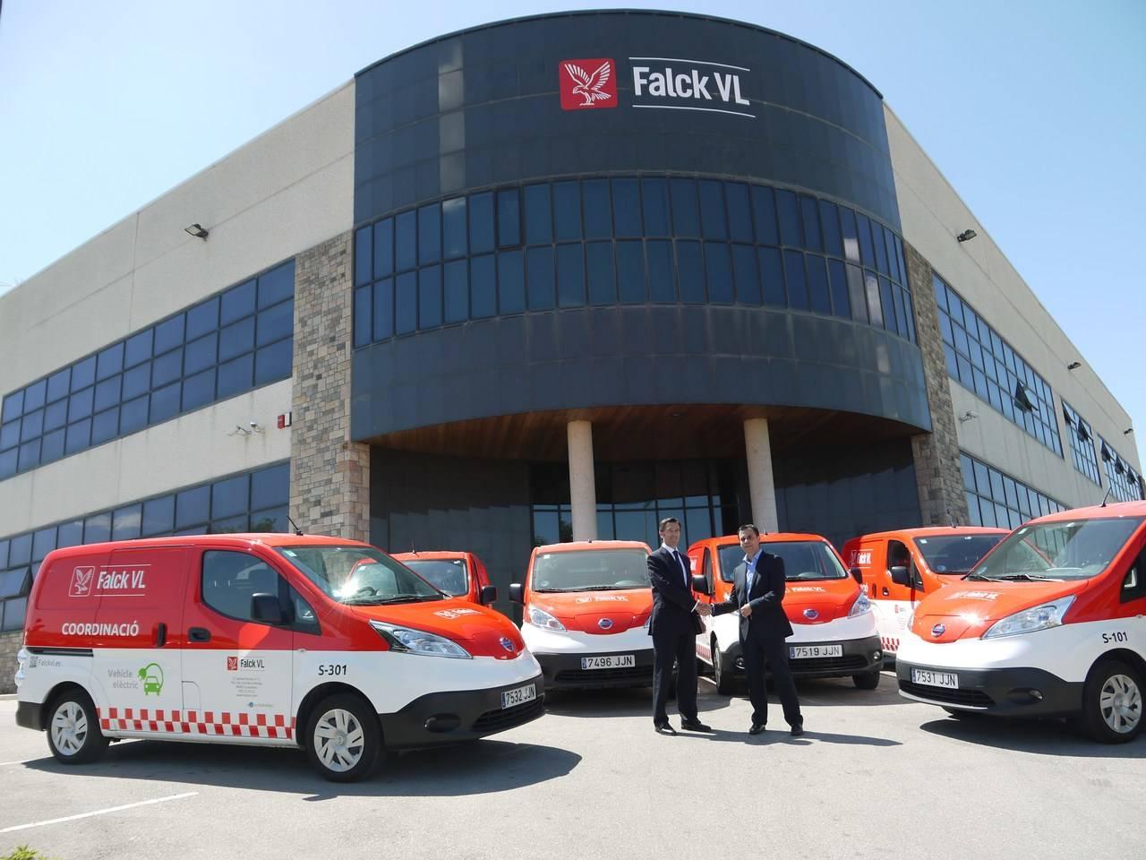 Falck VL incorpora seis furgonetas eNV200