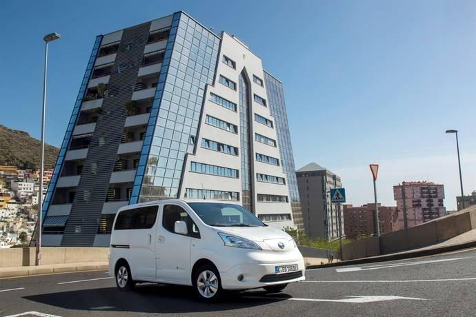 Nissan lanza en primavera su mejorada su e-NV200, completamente eléctrica