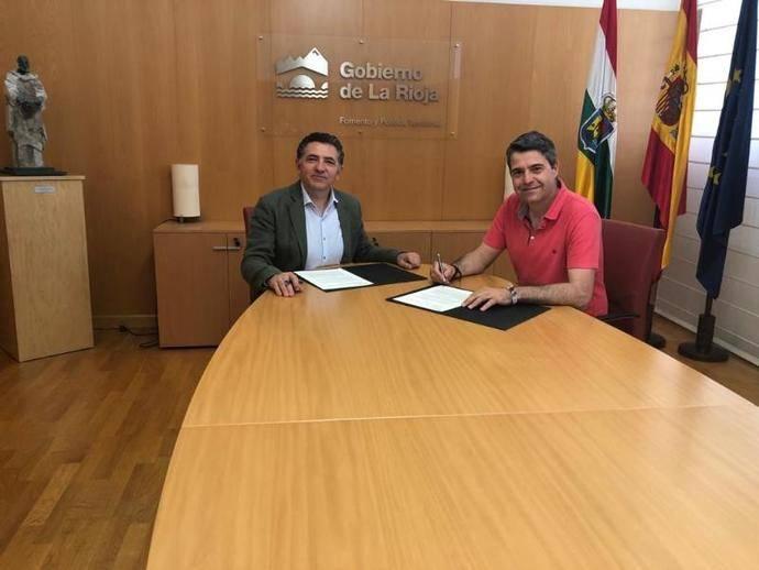 Firmado contrato para nueva terminal de autobuses de Pradejón, La Rioja