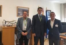 Fandabus trata los problemas de buses del Aeropuerto de Sevilla