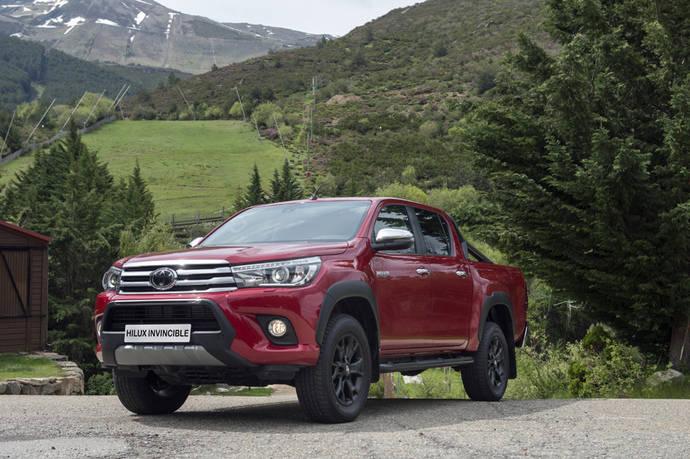 Nuevo acabado Invincible para el Toyota Hilux