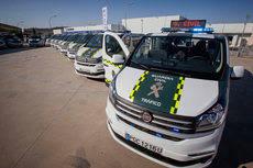 La Guardia Civil recibe 40 furgonetas para utilizar en pruebas de alcohol y drogas