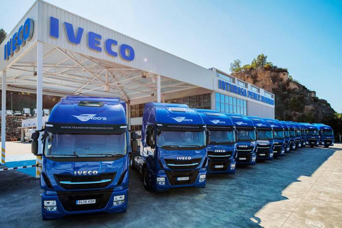 Inturasa Pérez Rumbao entrega 18 Stralis a Transportes Pardo