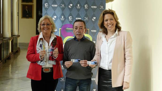 La EMT de Málaga invita a los usuarios disfrazados