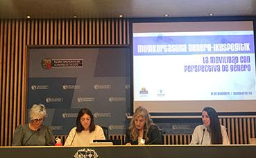 Dbus participa en una jornada sobre igualdad de género