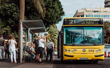 Guaguas ofrece transporte gratuito en la San Silvestre