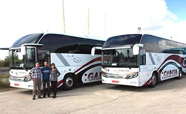 King Long entrega dos C12HD a Autocares García