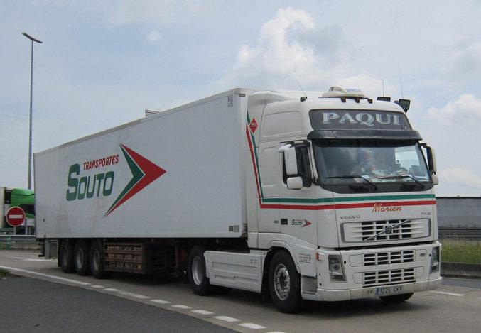 Las asociaciones se vuelcan con los afectados por el cese de actividad de Transportes Souto