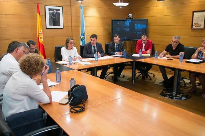 La Xunta pone en marcha la nueva modalidad de autobús compartido