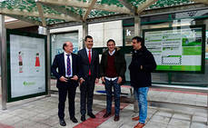 Bizkaibus instala en Muskiz la primera de sus 17 nuevas marquesinas