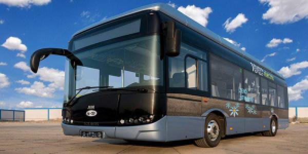 Solaris producirá en serie, en conjunto con JMB Auto, autobuses eléctricos en la India