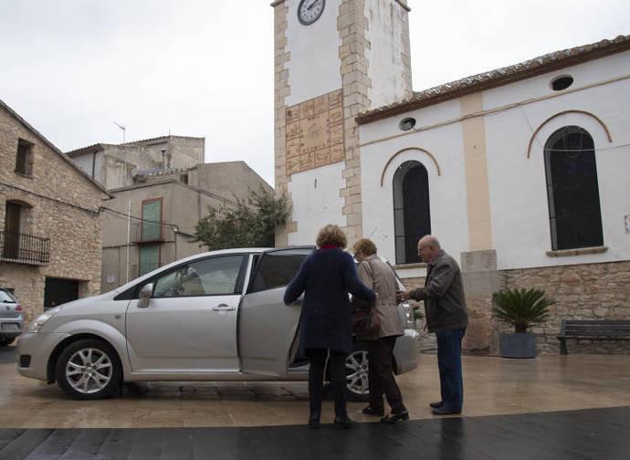 En zonas rurales y con menos densidad de población puede resultar eficaz utilizar vehículos turismo.