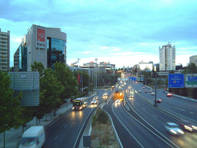 Se firma el Convenio para la implantación del carril Bus-VAO en la autovía A-2
