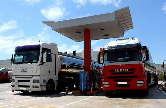 Transportistas están obligados a comunicar kilómetros a Hacienda