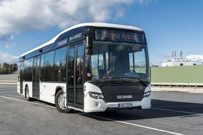 Scania entrega 51 autobuses híbridos a la Comunidad de Madrid