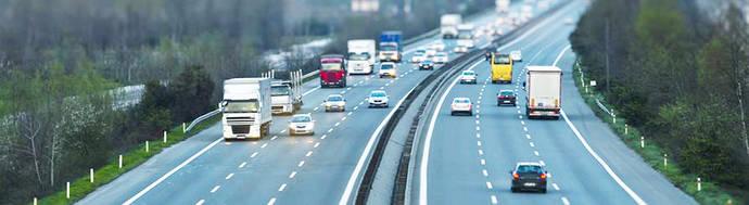 Más de 80 medidas para mejorar las carreteras, la seguridad de los vehículos y la educación vial
