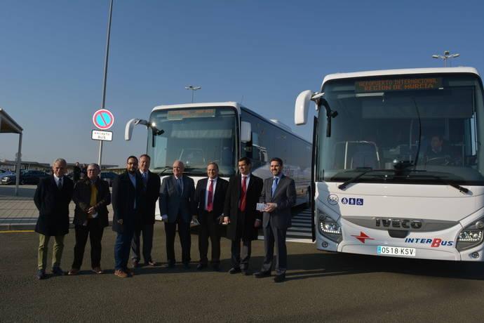Murcia conecta su aeropuerto con los complejos turísticos del Mar Menor