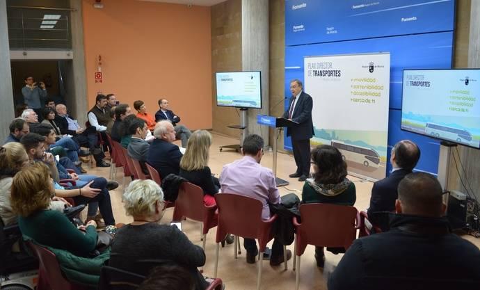 Murcia define el futuro modelo de transporte público en la Región
