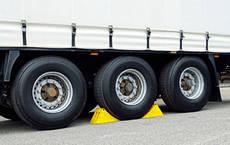 Adine y la Comisión Europea reunidos por el antidumping