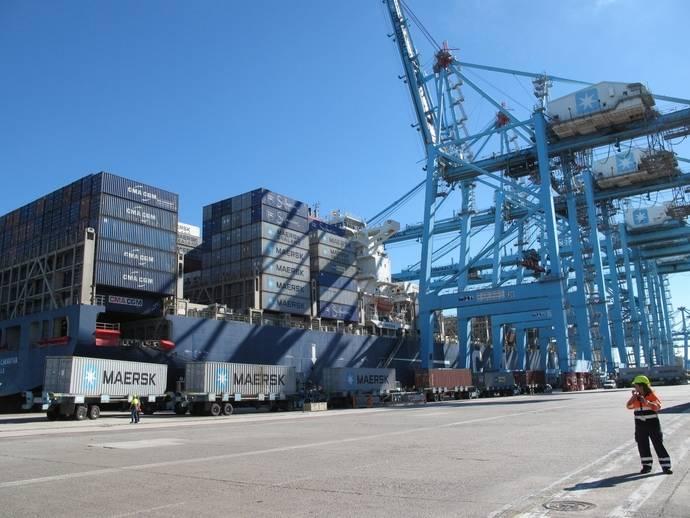 Los puertos españoles muestran sus aptitudes en la feria Fruit Logistic