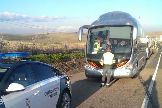 11.885 sanciones a buses y camiones en Andalucía