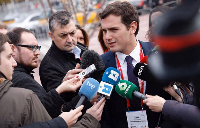 Rivera se compromete con la Plataforma contra la Morosidad a impulsar el régimen sancionador