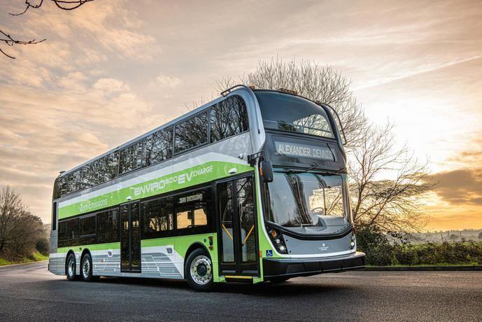 Alexander Dennis presenta su autobús de dos pisos 'Enviro500EV Charge'