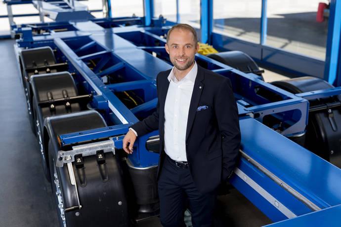 Krone nombra nuevo director de vehículos comerciales