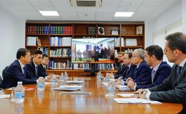 Algeciras y Ninghbo firman el Memorando de Entendimiento