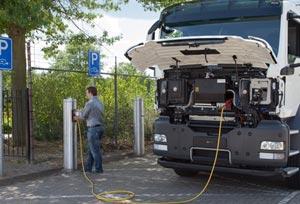 Anfac rechaza la prohibición a los vehículos de combustión en 2040