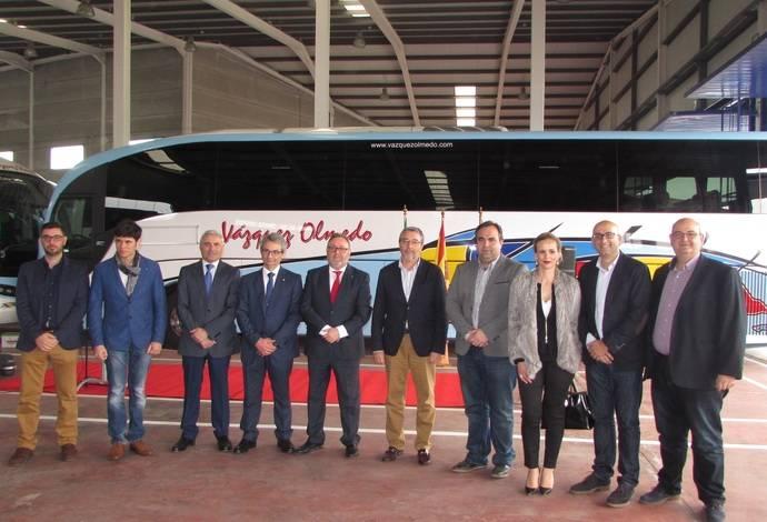 Autocares Vázquez Olmedo inaugura su nueva sede empresarial