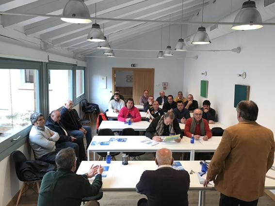 Asetra se reúne con los transportistas de la comarca de Ayllón