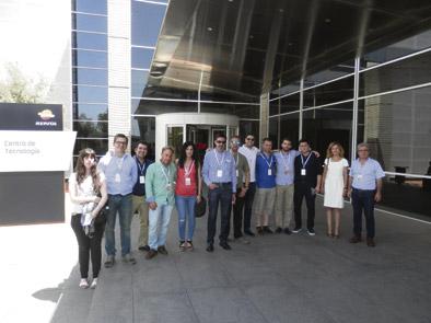 Alumnos de master visitan el CTR de Repsol