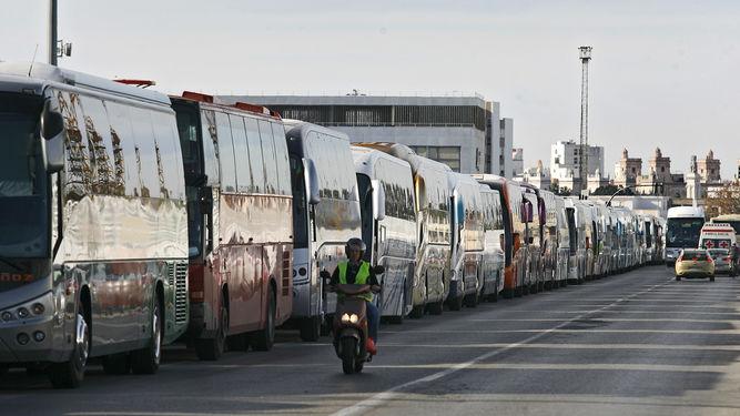 Aetram busca la desregulación del transporte discrecional